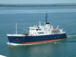 Small Ship Cruising