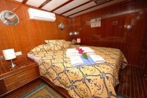 MS Tarkan 5 double cabin